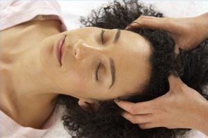 Masaje baño de aceite, belleza y cosmetica natural, corte de cabello consciente, cosmetica natural